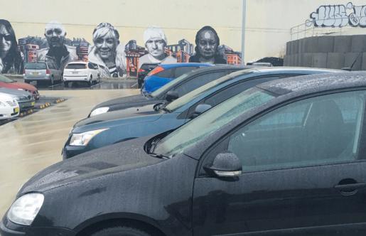 Mann st parking