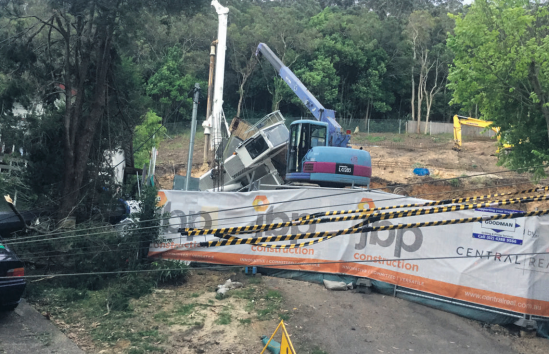 The collapsed 40 tonne crawler crane at 18 to 20 Kendall St, Gosford