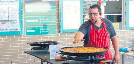 Chef Daniel and his Spanish paella