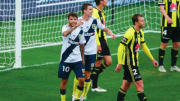 The Mariners celebrate after one of 4 goals against Wellington