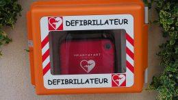 A public defibrillator Image: WikiCommons