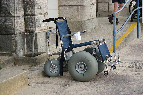 One version of a beach wheelchair. Image: Wikicommons