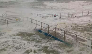 The Entrance Ocean baths was closed due to the conditions. Image: OceanPools.com.au