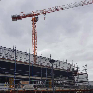 Progress on the controversial State Finance Building in the Gosford Waterfront Park . Image: CCN