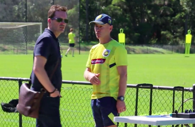 New Mariners Coast Mike Mulvey talks to Caretaker Coach, Wayne O'Sullivan.