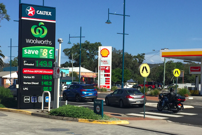 Woolworths and Coles both charging $1.49 per litre for ULP in Umina Photo: David Abrahams