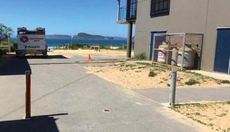 A proposed extension would be built at the eastern end of the existing surf club building
