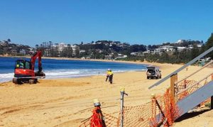 Council carrying out tests on Wamberal Beach for ACM, August 28, 2018