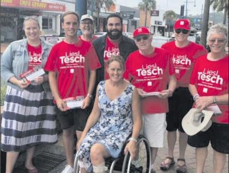 Liesl Tesch with supporters.