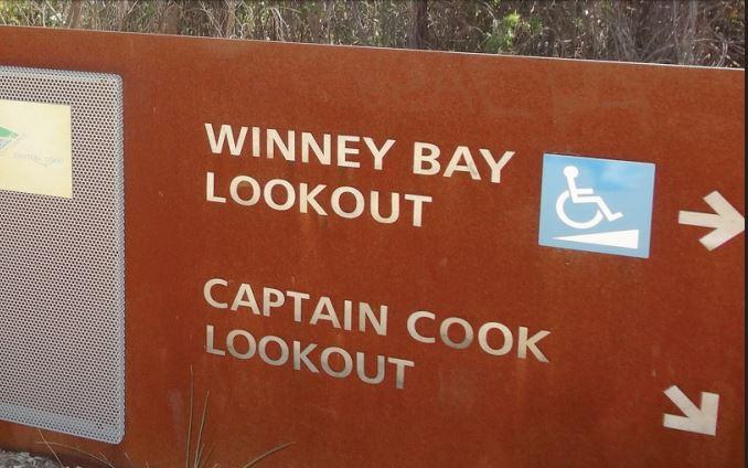 Winney Bay sign
